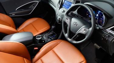 Used Hyundai Santa Fe - cabin