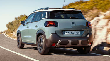 Citroen C3 Aircross - rear tracking
