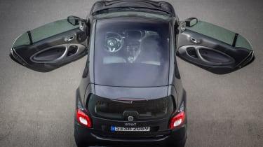 Smart ForTwo Brabus 2016 - doors open
