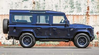 Land Rover Defender Zulu side