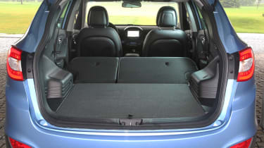 Hyundai ix35 Premium SE seats folded