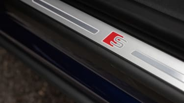 Audi SQ8 - S badge