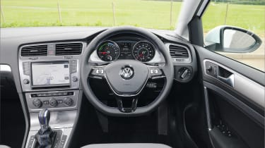 Used Volkswagen e-Golf - dash