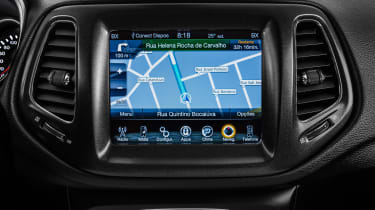 Jeep Compass 2017 - infotainment