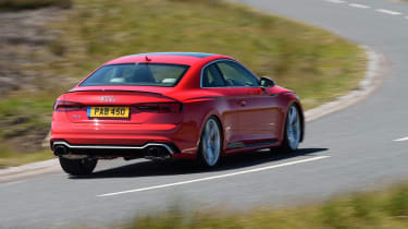 Audi RS5 - rear action
