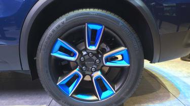 lynk and Co 01 SUV production car Shanghai 2017 wheel