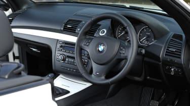 BMW 118d Convertible dash