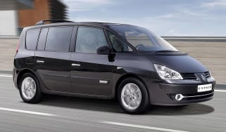 Renault Espace mpv front tracking