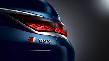 DS 9 - rear light