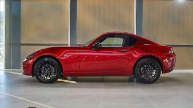 Mazda MX-5 RF Launch Edition roof up