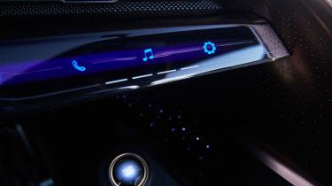 Lexus LF-1 Limitless - infotainment