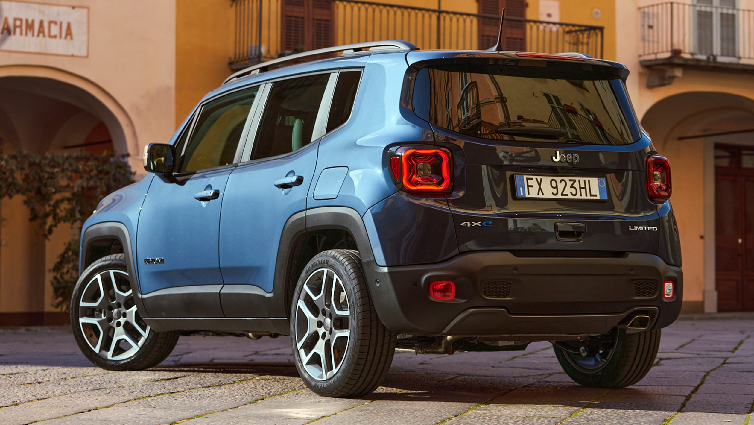 2014 - [Jeep] Renegade - Page 15 Jeep%20Renegade%204xe%202020-10