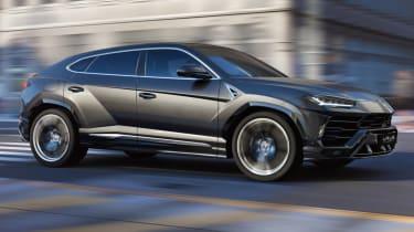 Lamborghini Urus - grey front quarter