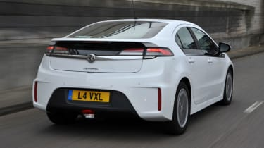 Vauxhall Ampera rear tracking