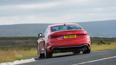 Audi RS5 - rear cornering