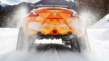 Nissan 370Zki rear snow