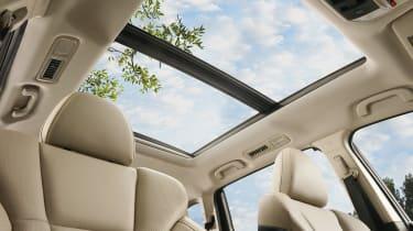 Subaru Ascent - sunroof