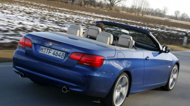 BMW 3 Series Convertible rear tracking
