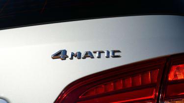 Mercedes B220 CDI 4MATIC Sport - badge