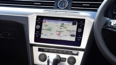Volkswagen Passat Alltrack - controls