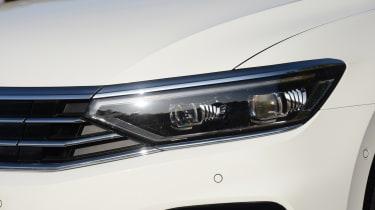 Volkswagen Passat GTE front light