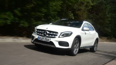 Mercedes GLA facelift - front action
