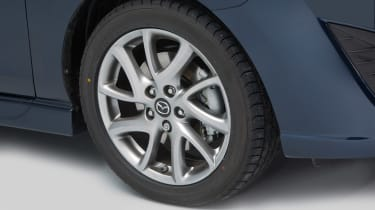 Used Mazda 5 - wheel detail