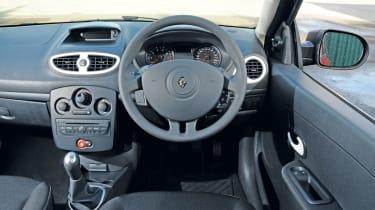 Renault Clio Pzaz dash