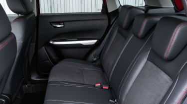 Suzuki Vitara S - rear seats