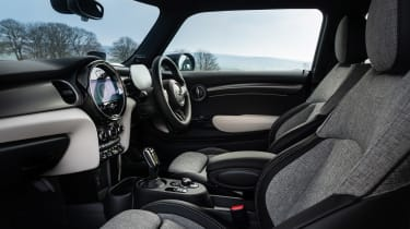 MINI Electric - front seats