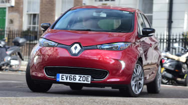 Renault ZOE - front action