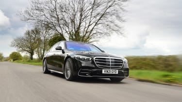 Mercedes S-Class - front tracking