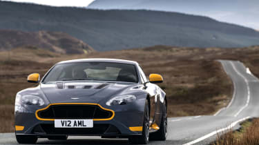 Aston Martin V12 Vantage S 2016 - on the road