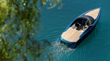 Aston Martin AM37S boat - static
