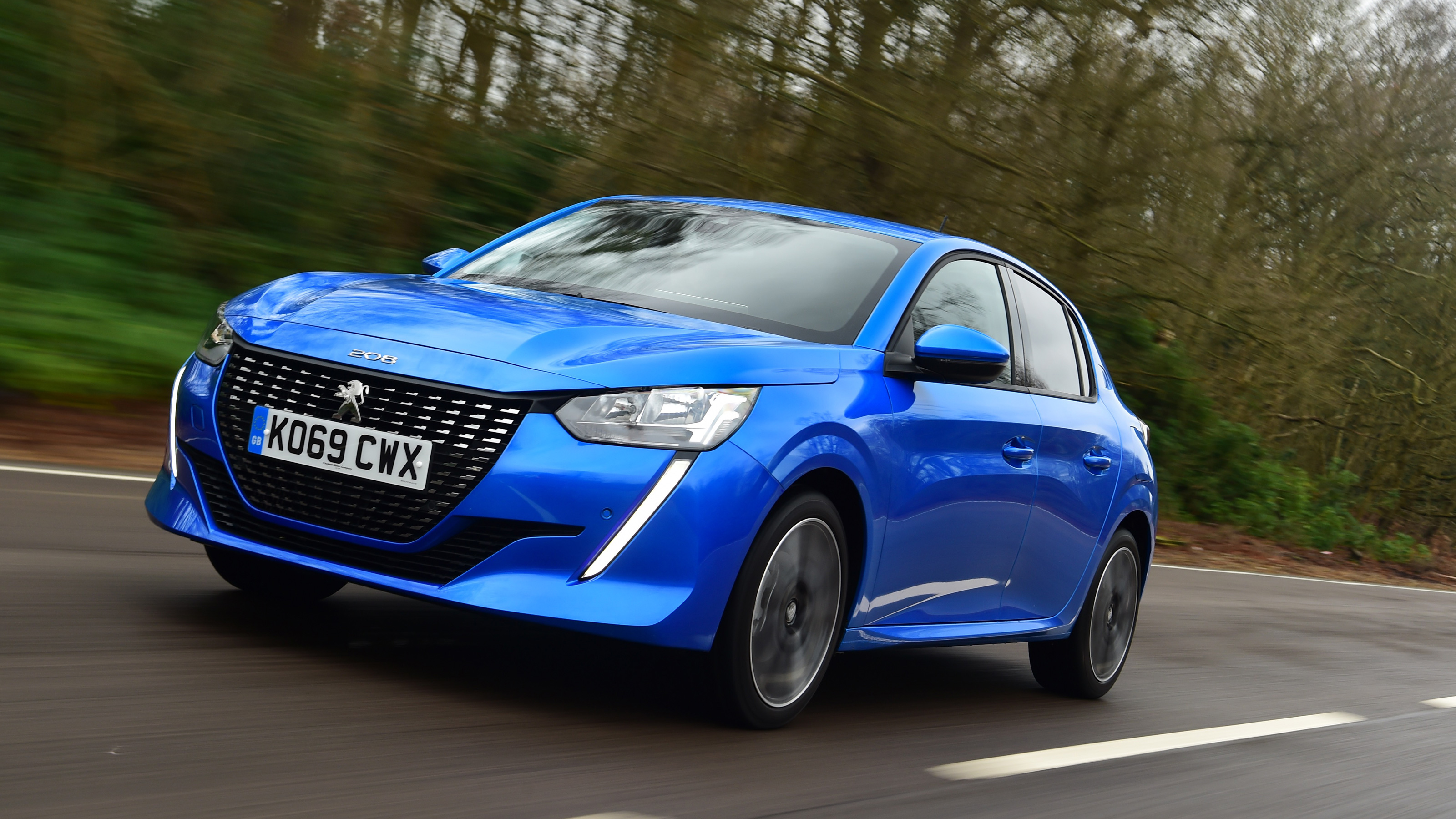 Peugeot 208 Review Mpg Co2 And Running Costs Auto Express