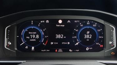 Volkswagen Passat GTE Estate - digital cockpit