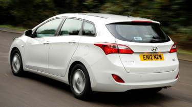 Hyundai i30 1.6 CRDi rear tracking
