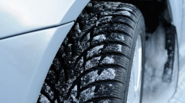 Winter tyres test online review 2013