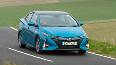 Toyota Prius Plug-in - front action