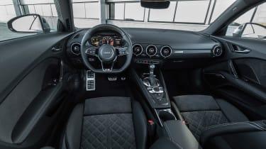 Audi TT S - interior