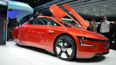 Volkswagen XL1 revealed