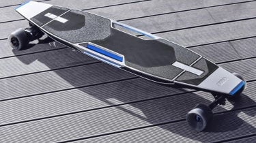 Audi Connected Mobility longboard base