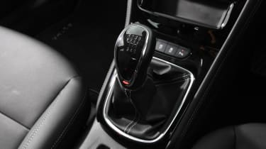 Vauxhall Astra - gear lever