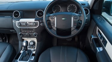 Used Land Rover Discovery review - interior