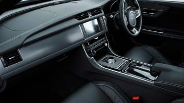 Jaguar XF R-Sport - interior