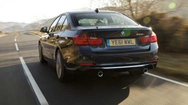 BMW 335i rear tracking