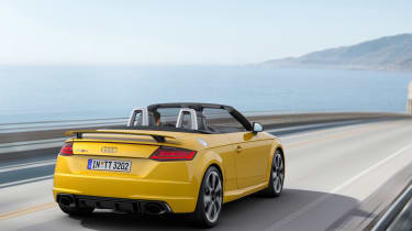 Audi TTRS 2016 - convertible rear tracking