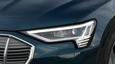 Audi e-tron - head light