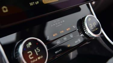 Jaguar XF facelift - interior detail