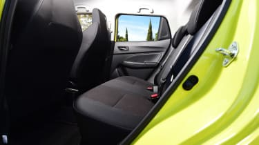 Suzuki Swift Sport - rear seats